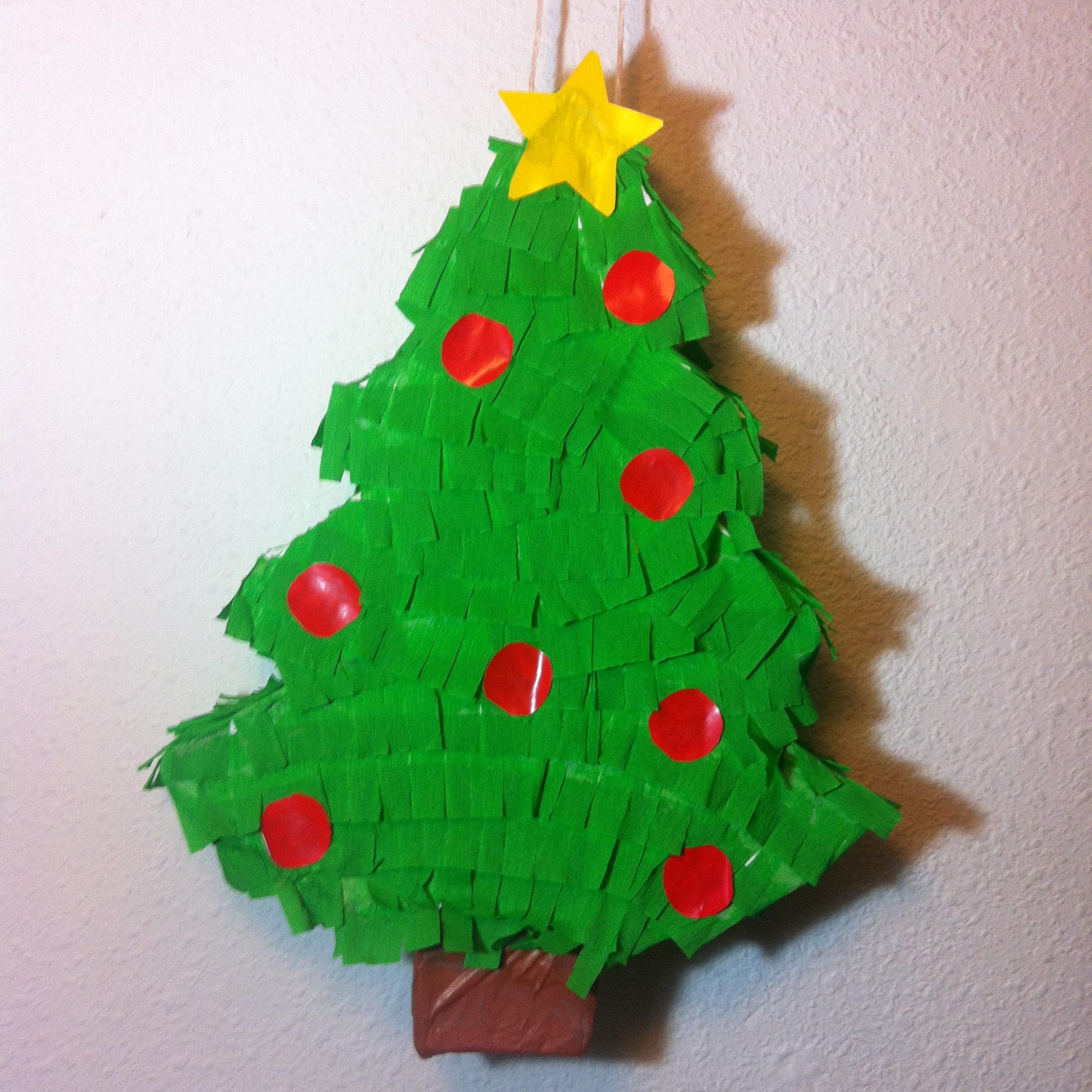 Pi ata de rbol de navidad zoila art - Como hacer figuras de navidad ...