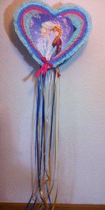 piñata de tambor en forma de corazón