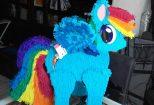 Piñata de Pegaso azul